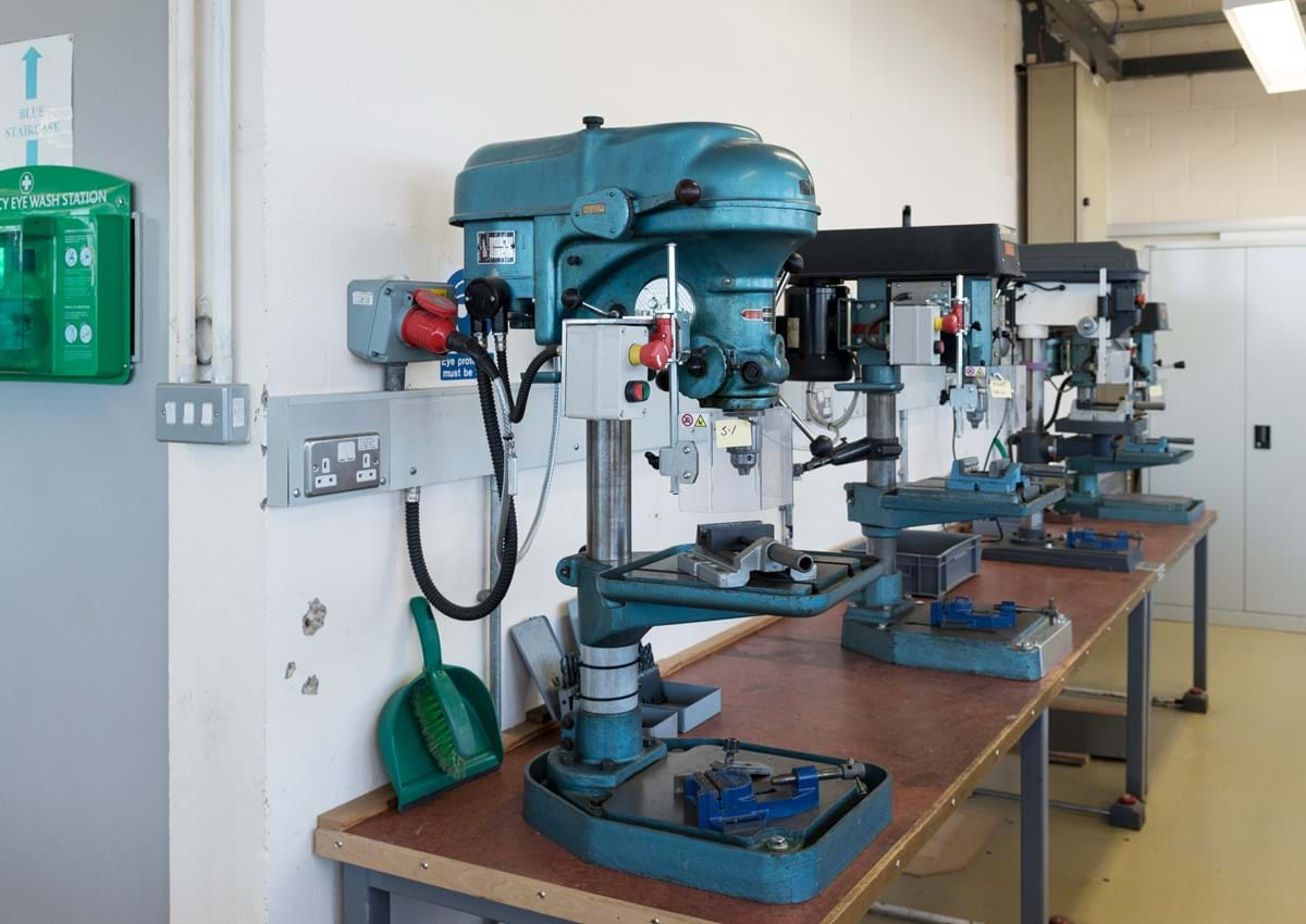 Mechanical machinery in lab